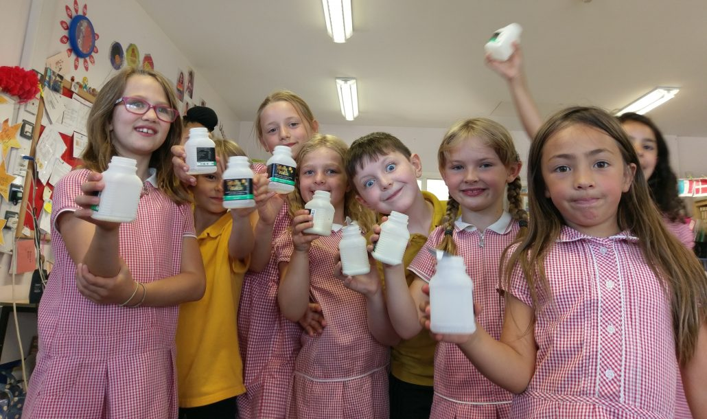 Glyncollen Primary School students looking to reduce usage of plastic bottles